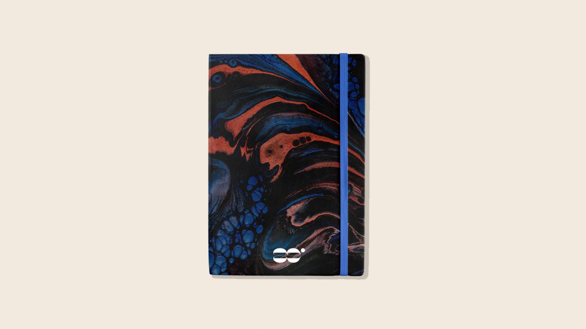Propuesta de acabado para cuaderno tipo moleskine
